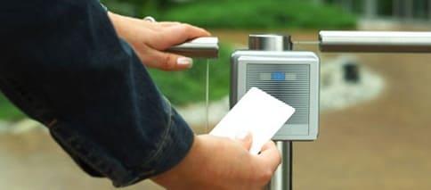 Rfid parta el control de acceso en eventos públicos